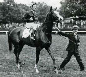 Corrida . Charlie Elliot 1936